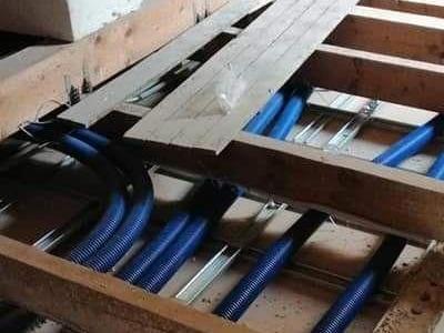 przewody hydrauliczne 59